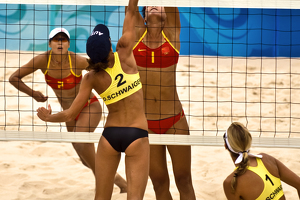 preview content.99.images.bhxoa.China_vs_Austria_in_Beach_Volleyball_-_Summer_Olympics_Beijing_2008.300x200.jpg
